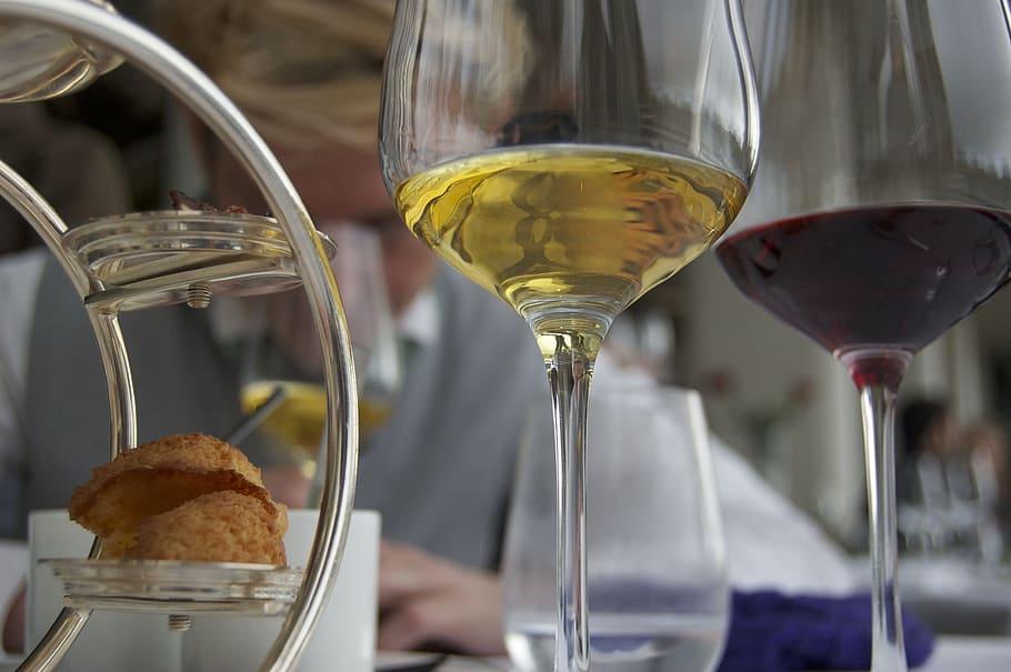 hapjes wijn